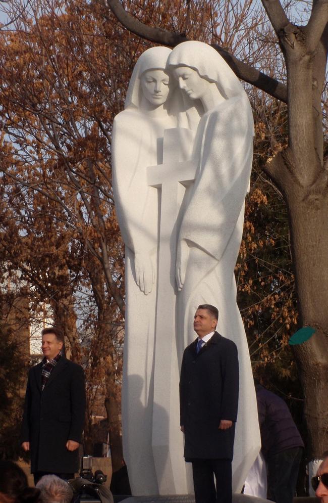 Памятник «Единый крест» в Ереване. Градсовет, Санкт-Петербург, 07.12.2016