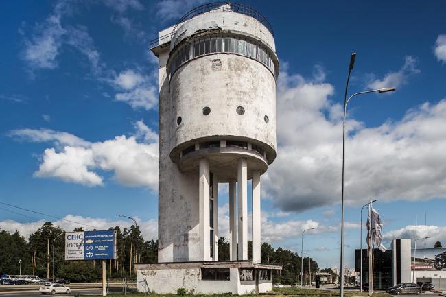 Водонапорная «Белая Башня» в Екатеринбурге. Архитектор Моисей Рейшер ©  Roberto Conte  www.robertoconte.net