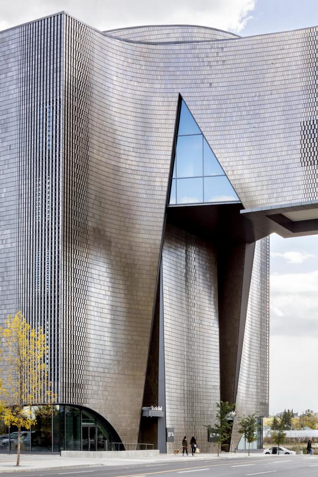 Канадский национальный центр музыки – здание Studio Bell Канадский национальный центр музыки – здание Studio Bell. Предоставлено  Allied Works Architecture
