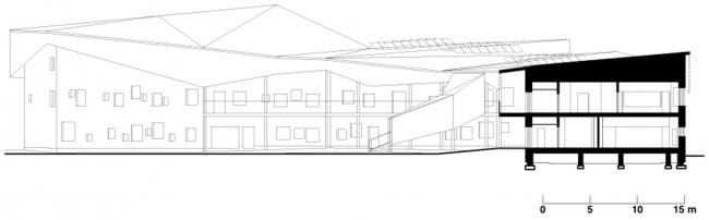 Образовательный центр в районе Каласатама © JKMM