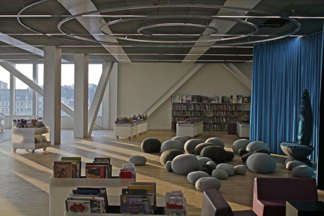 Библиотека имени Алексиса де Токвиля. Фото: Philippe Ruault, предоставлено OMA