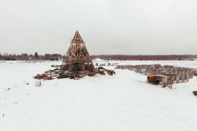 Арт-объект для Масленицы в Никола-Ленивце (2017). Фото © Пресс-служба арт-парка «Никола-Ленивец»