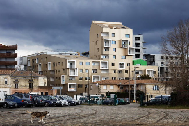 Жилой комплекс Urban Dock © Takuji Shimmura