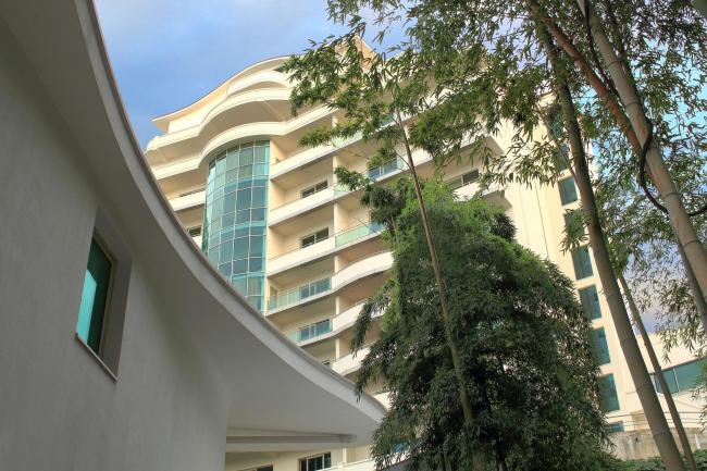 Castello Mare Hotel & Wellness Resort, вилла «Афродита», вид с нижней площадки наклонного лифта, постройка, 2016 © Лев Нодельман