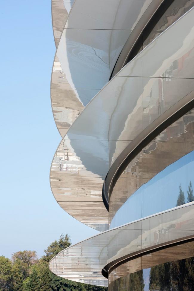 Кампус Apple Park – штаб-квартира компании Apple. Фото © Apple