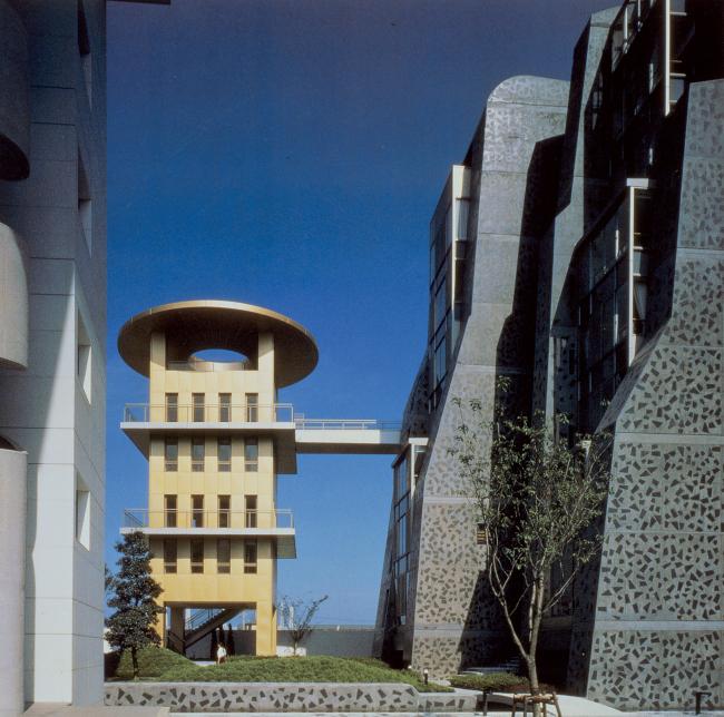 Проект жилого комплекса в Фукуоке, Япония. Кристиан Портзампарк. 1989-1991. Фотография © Nicolas_Borel