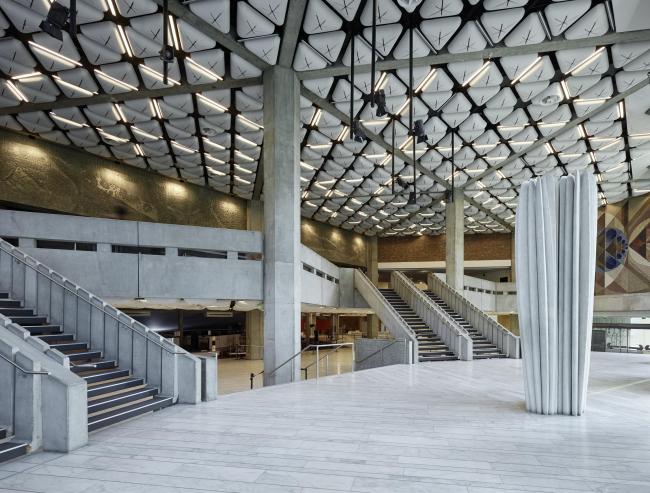 Дворец музыки и конгрессов – реконструкция © Bruno Klomfar