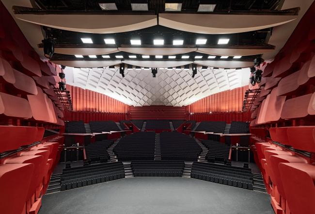 Дворец музыки и конгрессов – реконструкция. Зал «Эразм» © Bruno Klomfar