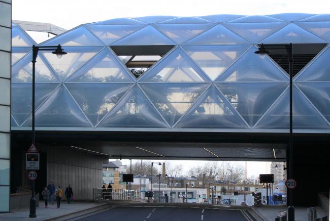 Станция Crossrail «Кэнери-Уорф» Нормана Фостера. Фото Марины Игнатушко