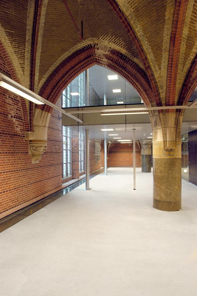 Офисный центр Annastede © René van Dongen