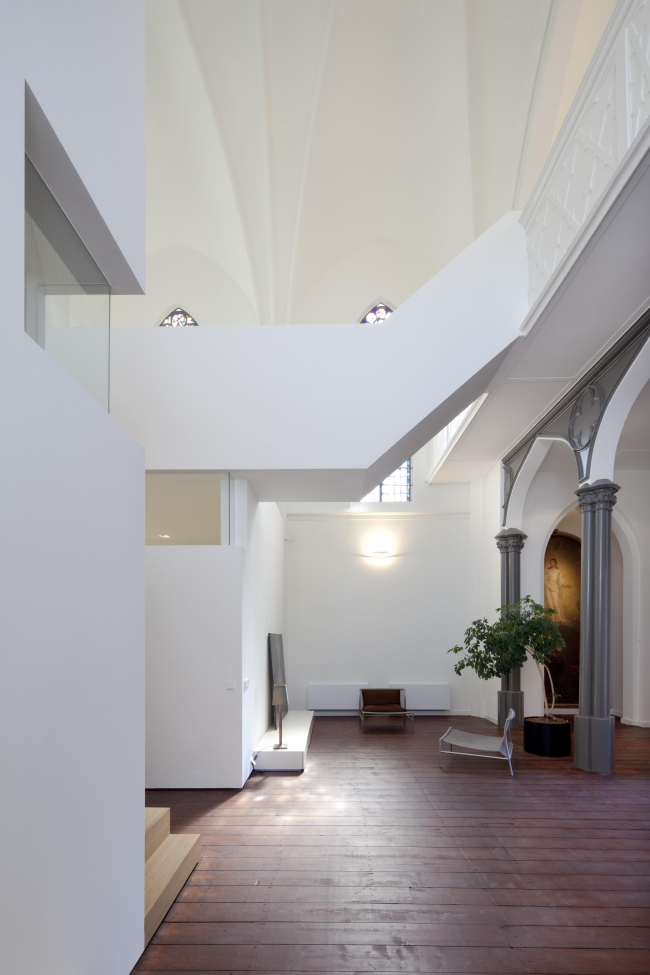Частный дом Woonkerk XL © Frank Hanswijk