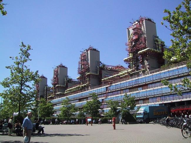 Университетская клиника в Ахене. Фото: Mali via Wikimedia Commons. Лицензия Creative Commons Attribution-Share Alike 3.0 Unported