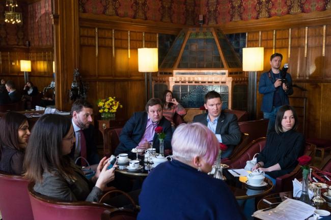 Панельная дискуссия с девелоперами,  VI Петербургская архитектурная биеннале 2017. Фотография © Российская гильдия управляющих и девелоперов.
