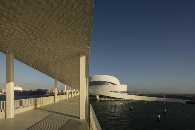 Круизный терминал в порту Лейшойнш © Fernando Guerra | FG+SG