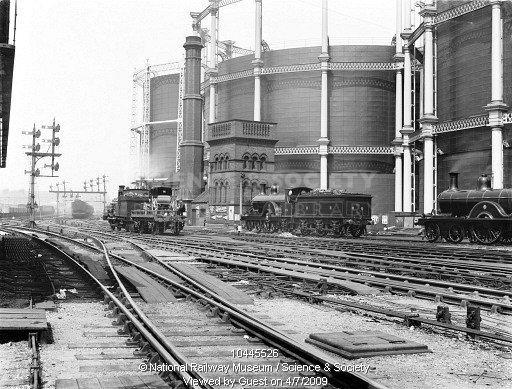 Газгольдеры у вокзала Кингс Кросс. Историческая фотография