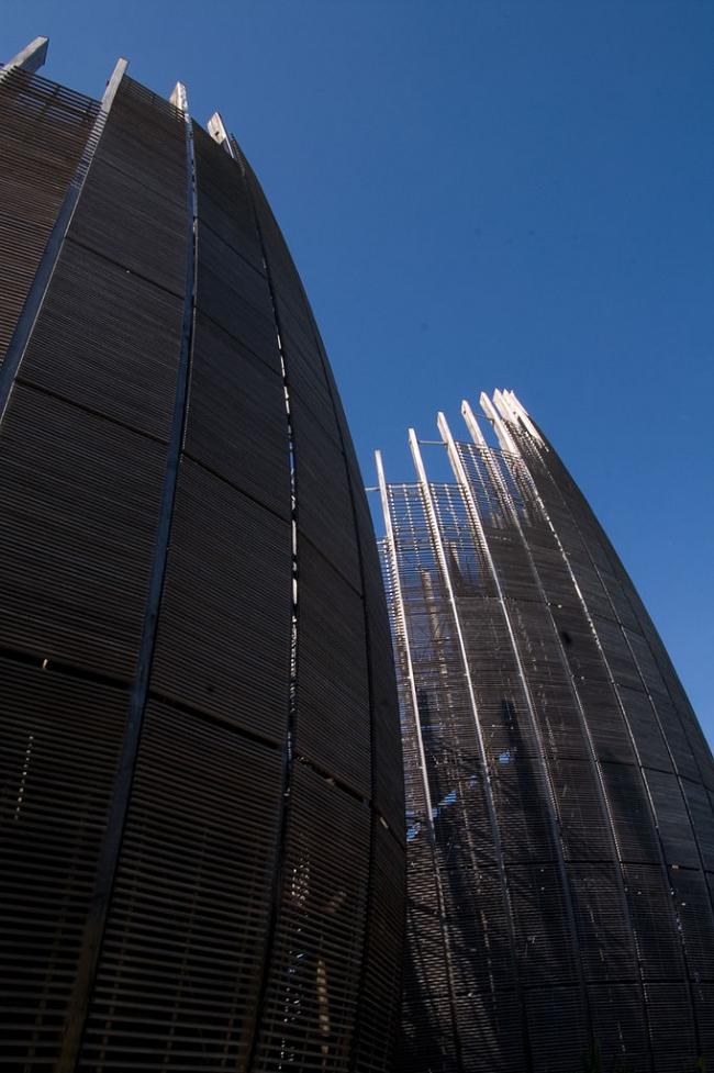 Культурный центр Жана-Мари Тжибау. Фото:  Fanny Schertzer via Wikimedia Commons. Лицензия GNU Free Documentation License, Version 1.2