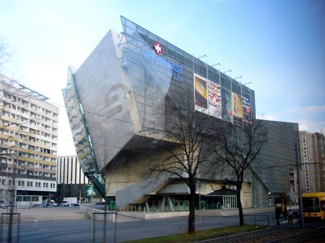 Киноцентр UFA в Дрездене. Фото: Rory Hyde via Wikimedia Commons. Лицензия CC BY-SA 2.0