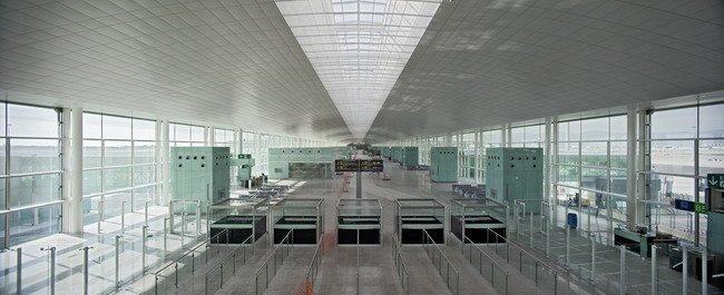 Терминал Т1 аэропорта Барселоны Эль-Прат.