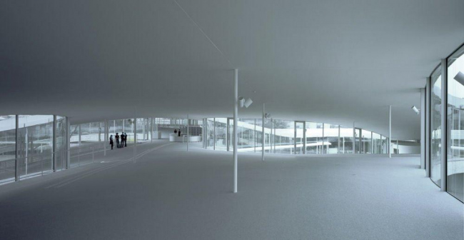 Учебный центр Rolex Федеральной политехнической школы Лозанны © Hisao Suzuki