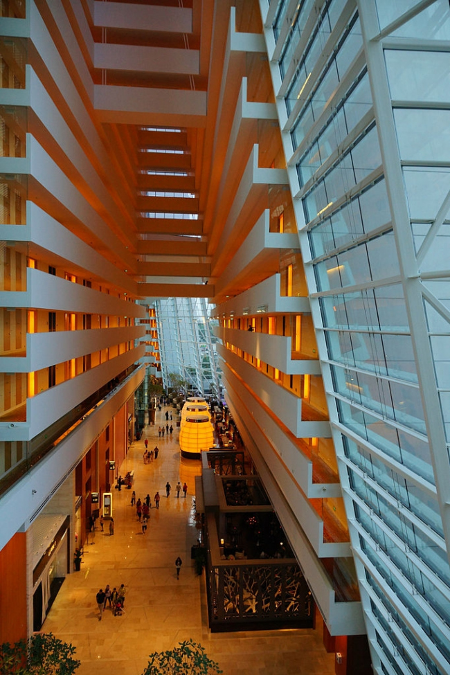 Отель Marina Bay Sands. Фото: Allie Caulfield via Wikimedia Commons. Лицензия CC-BY-2.0