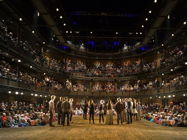 Королевский Шекспировский театр в Статфорде. Интерьер. Фото © Peter Cook