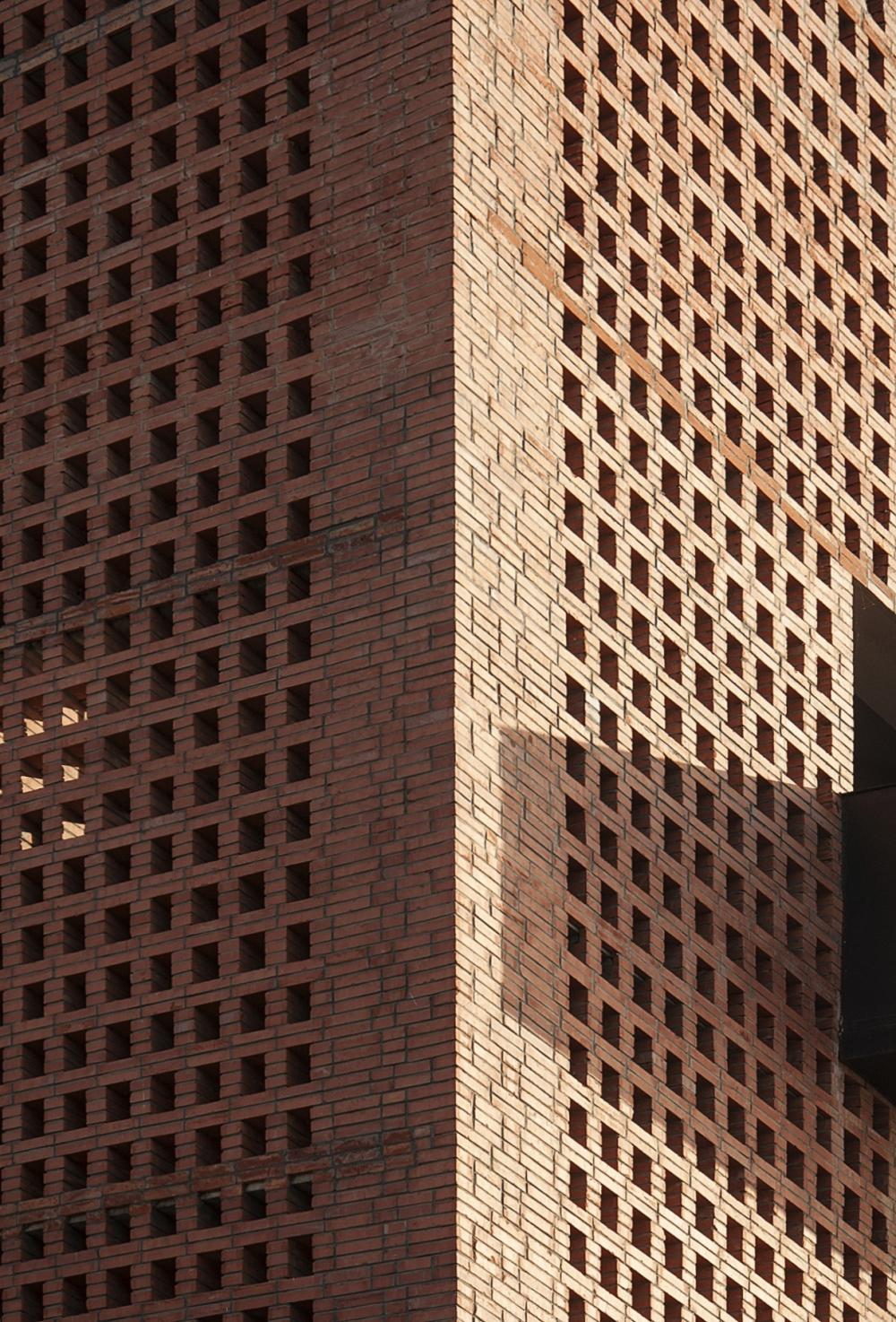 Художественный центр «Кирпичная башня»<br>Фото © Zhi Geng