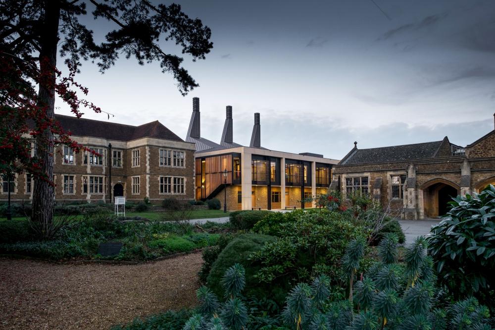 Центр точных и естественных наук и математики школы Чартерхаус<br>Фото © Peter Blundy/Design Engine