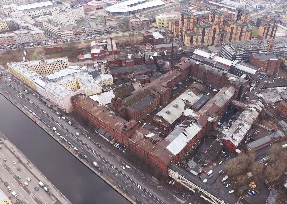 Вид с Обводного канала на корпуса завода «Красный треугольник»<br>Предоставлено Евгений Герасимов и партнеры