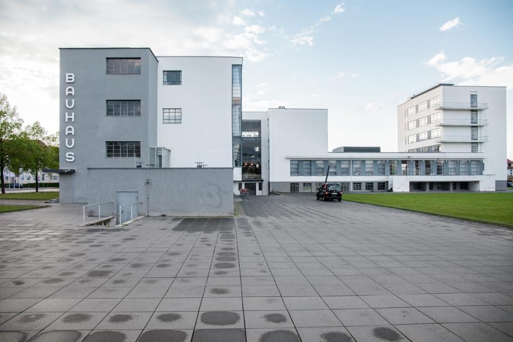 Здание школы Баухаус в Дессау<br>Фото © Денис Есаков