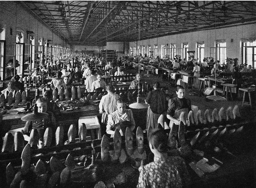 Завод «Красный треугольник», историческая фотография