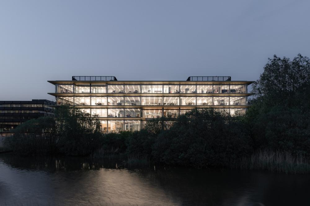 Штаб-квартира компании ASICS<br>Фото © Sebastian van Damme