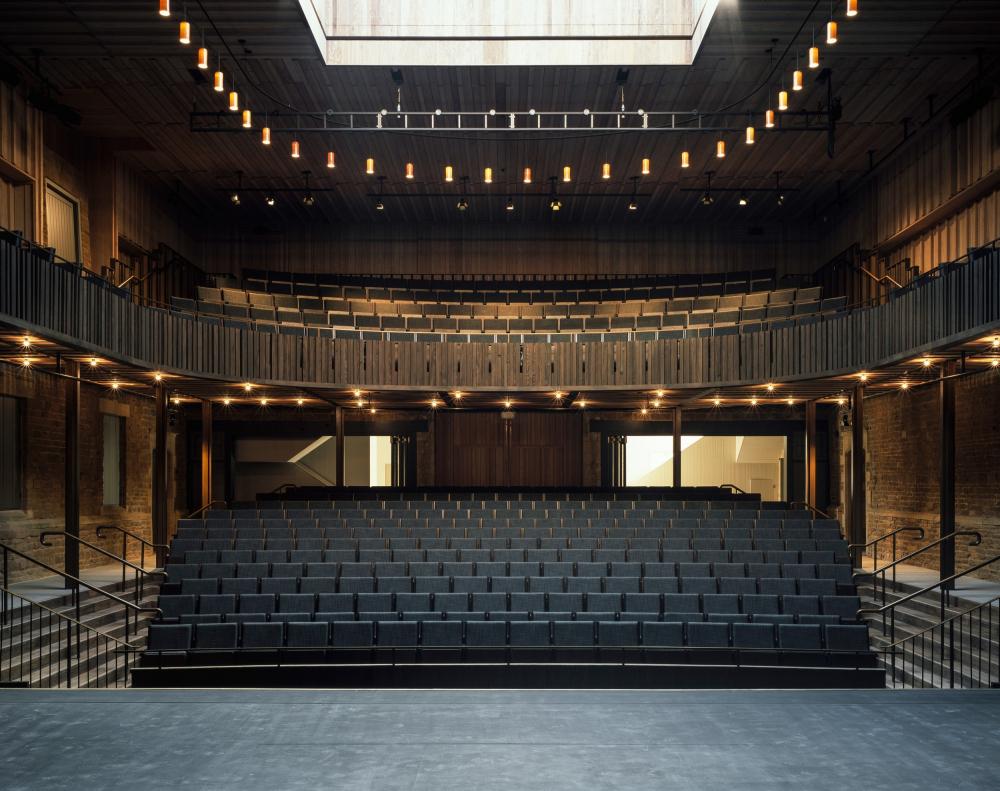 Оперный театр в имении Невилл-Холт<br>Фото © Hélène Binet