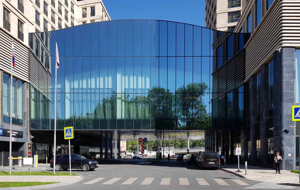 ВТБ Арена Парк: Hyatt Regency, стеклянный объем конференц-зала<br>Фотография: Архи.ру