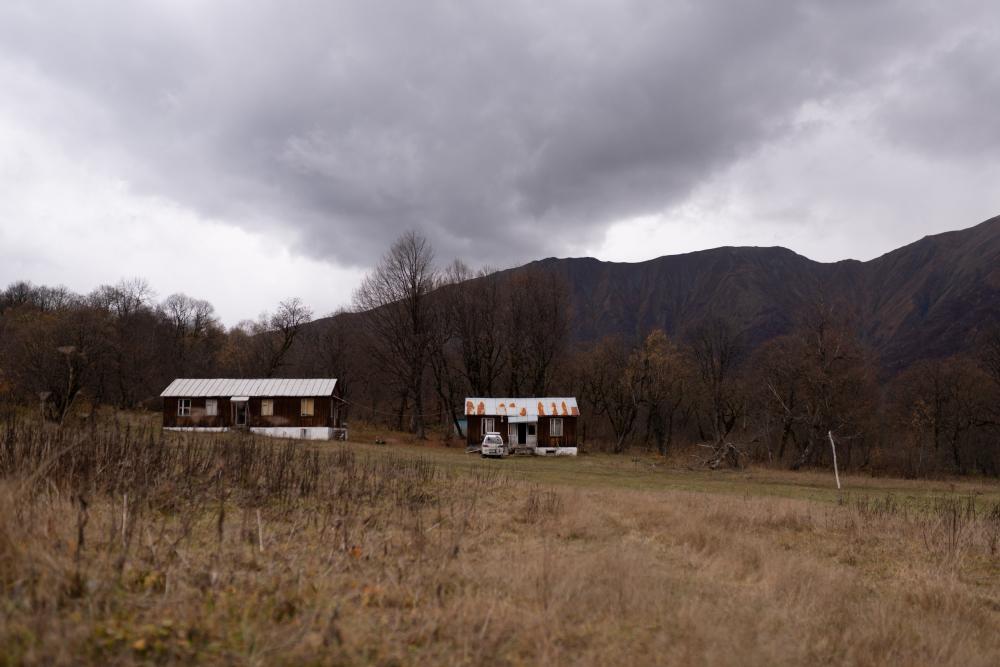 Альпинистский лагерь Зесхо<br>Фотография предоставлена ЯГТУ