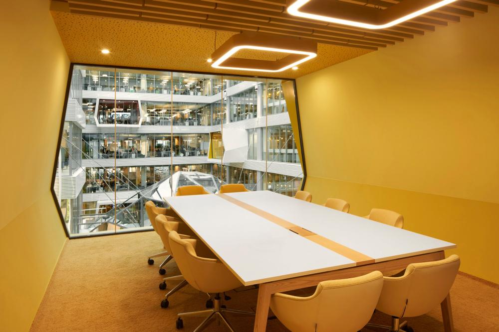 The interiors of Sberbank headquarters at Kutuzovsky Avenue, 32<br>Copyright: Photograph © Sergey Melnikov / provided by PAO Sberbank