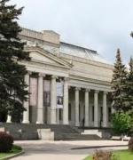 В культуре: Проблемы Музеев Кремля решены, а Пушкинского музея – пока нет. Утвержденный проект Нормана Фостера и Сергея Ткаченко, видимо, теперь под угрозой