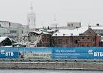 Праздничная ломка меняет привычные панорамы набережных Петербурга