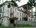 Здание Демидовской усадьбы в Кыштыме забьют досками