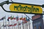 """Выход по-французски. На площади Европы в Москве появилось """"метро Гимара"""""""