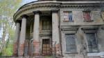 Заброшенная Уткина дача в Петербурге продолжает разрушаться