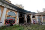 В ожидании ремонта Уткина дача на Малой Охте продолжает разрушаться