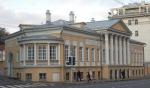 Московская мэрия сдает памятники по рублю за метр