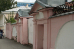 Историки и краеведы бьют тревогу: в Екатеринбурге снесли ворота усадьбы купчихи Ланггауз