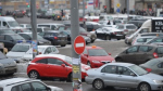 Мэрия ограничит число мест на парковках