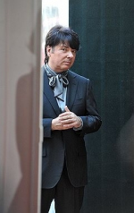 Валентин Юдашкин просит скидку на особняк в Вознесенском переулке