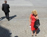 Каблуки в супермаркете, евроремонт в хрущевке и тапочки в Кремле