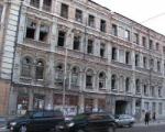 Из полуразрушенного здания в центр культуры