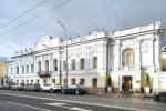 На московских изогнутых улицах
