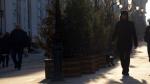 Зимой в пешеходных зонах Москвы обустроят «теплые места»
