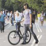 Правила дорожного движения изменили в угоду велосипедистам лишь на бумаге